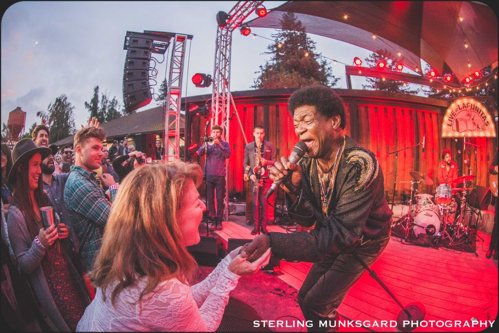 Charles Bradley singing and touching the fanat girl